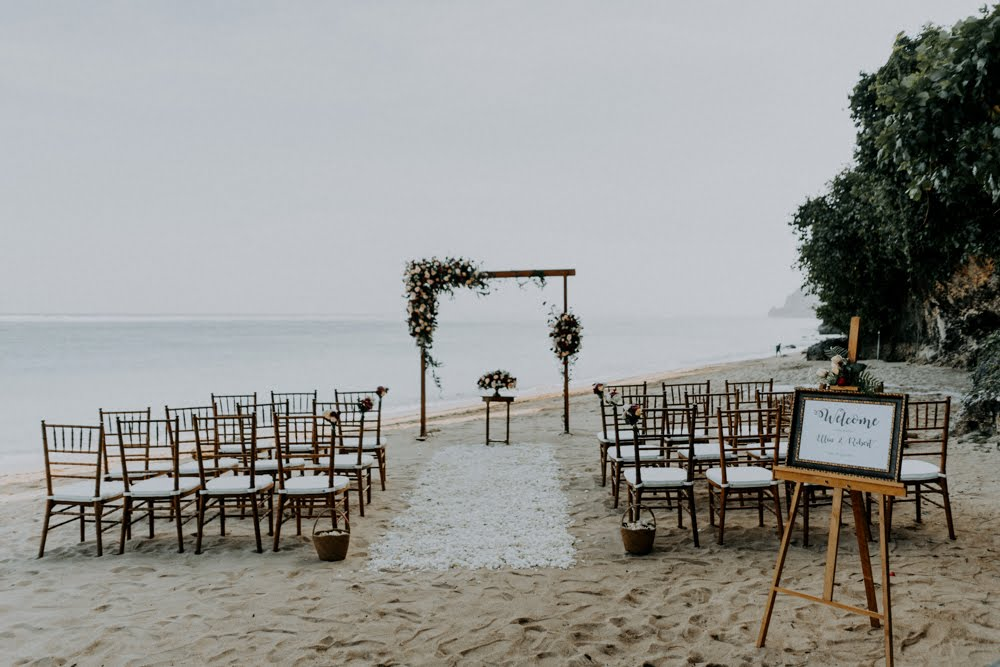 Bali beach wedding - Bali Moon Wedding