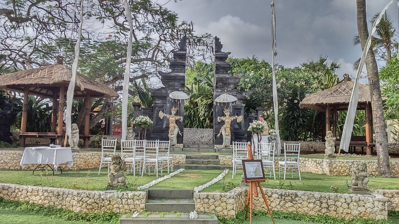 Bali Mandira Wedding Package - Bali Moon Wedding